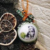 Подарки к праздникам handmade. Livemaster - original item Cat and a ball - Christmas tree ball with an oversized cat. Handmade.