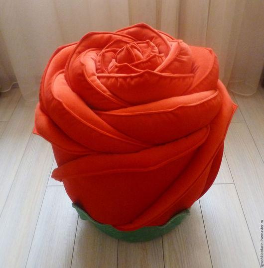 Роза - пуф, для прихожей, для спальни, для гостиной, подарок женщине.
