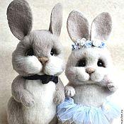 """Куклы и игрушки ручной работы. Ярмарка Мастеров - ручная работа """"Прохор"""" и  """"Таисия"""" зайцы. Handmade."""