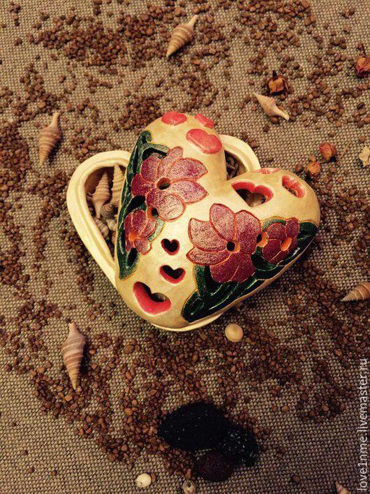 """Шкатулки ручной работы. Ярмарка Мастеров - ручная работа. Купить """"С любовью"""" Шкатулка керамическая.. Handmade. Сердце, подарок, чувства"""