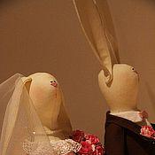 Куклы и игрушки ручной работы. Ярмарка Мастеров - ручная работа Свадебные зайцы. Handmade.