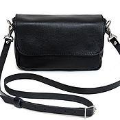Сумка через плечо ручной работы. Ярмарка Мастеров - ручная работа Маленькая черная женская сумка через плечо. Handmade.