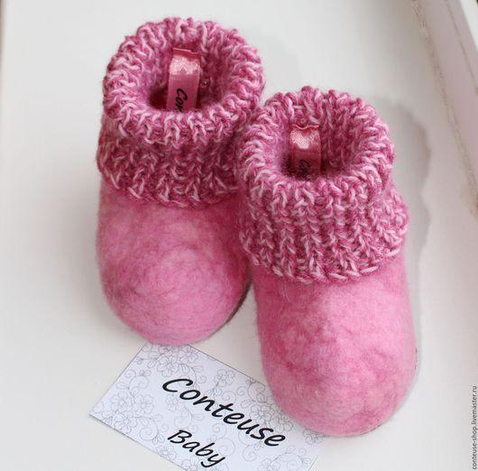 """Детская обувь ручной работы. Ярмарка Мастеров - ручная работа. Купить Пинетки """"Меланж"""" валяные. Handmade. Розовый, девочка, новорожденной"""
