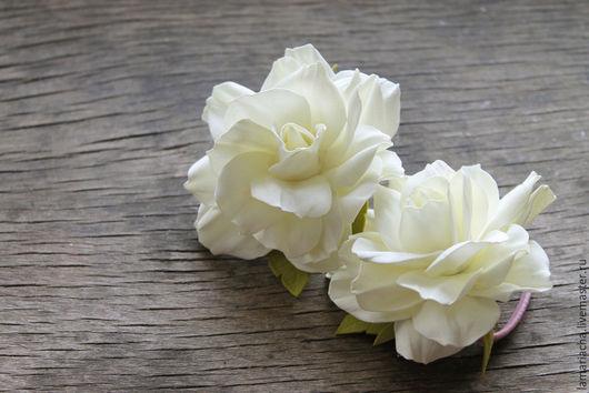 Заколки ручной работы. Ярмарка Мастеров - ручная работа. Купить Две резинки для волос с розами ручной работы из фоамирана. Handmade.