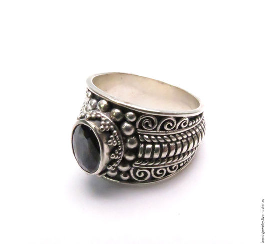 Кольца ручной работы. Ярмарка Мастеров - ручная работа. Купить Перстень с черным ониксом и орнаментом. Handmade. Мужское кольцо