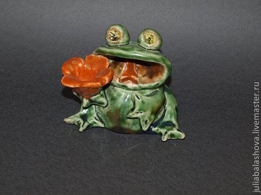 """Подсвечники ручной работы. Ярмарка Мастеров - ручная работа. Купить Подсвечник """"Лягушка"""". Handmade. Зеленый, подсвечник, лягушка, Керамика"""