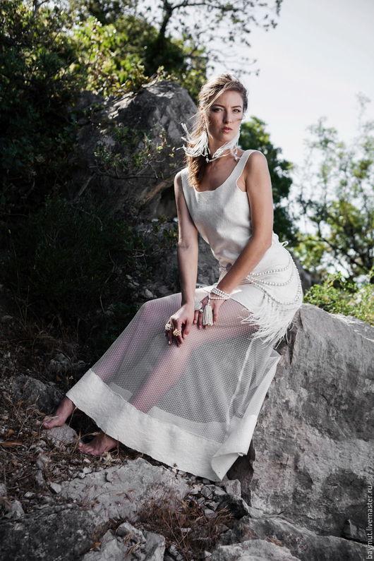 Платья ручной работы. Ярмарка Мастеров - ручная работа. Купить Белое валяное платье в пол с сеткой. Handmade. Белый