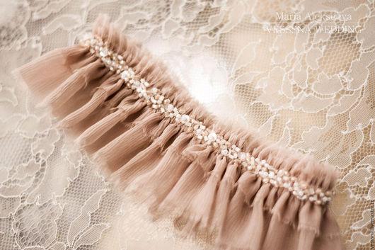 Одежда и аксессуары ручной работы. Ярмарка Мастеров - ручная работа. Купить Шелковая подвязка невесты. Handmade. Бледно-розовый