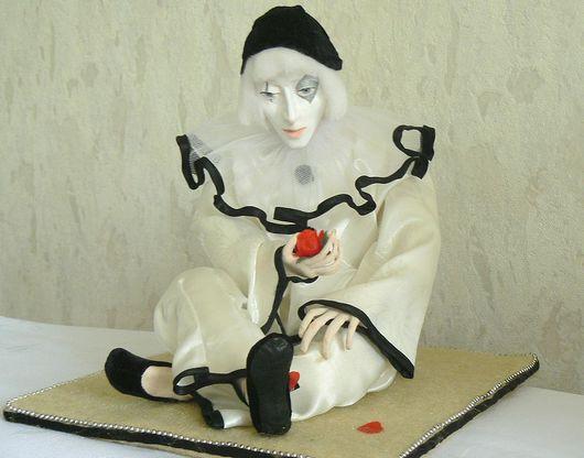 Коллекционные куклы ручной работы. Ярмарка Мастеров - ручная работа. Купить Пьеро. Handmade. Интерьерная кукла, авторская кукла, пьеро