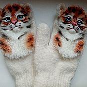 Аксессуары handmade. Livemaster - original item Zverovarezhki with tigers. Handmade.