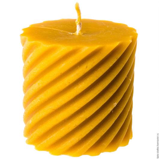 """Свечи ручной работы. Ярмарка Мастеров - ручная работа. Купить Свеча из натурального пчелиного воска """"Цилиндр витой широкий"""". Handmade."""