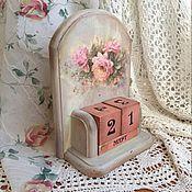 """Для дома и интерьера ручной работы. Ярмарка Мастеров - ручная работа Вечный календарь """"Нежный розовый букет"""". Handmade."""
