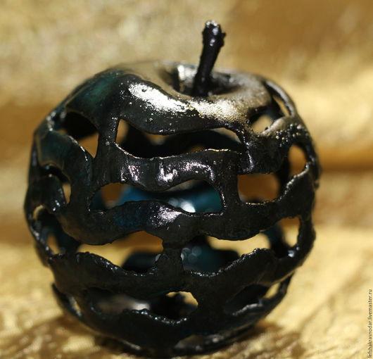 Статуэтки ручной работы. Ярмарка Мастеров - ручная работа. Купить Медное яблоко. Handmade. Комбинированный, интерьерное украшение, патина синяя