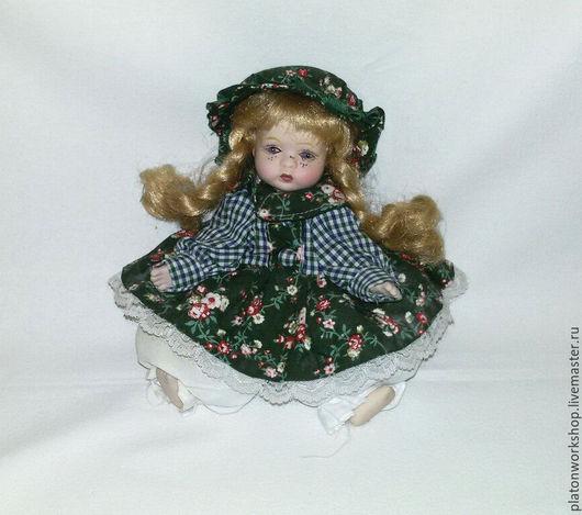 Коллекционные куклы ручной работы. Ярмарка Мастеров - ручная работа. Купить Порцеляновая кукла. Handmade. Тёмно-зелёный, коллекционная кукла