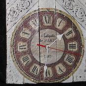 Часы настенные Забытые декупаж