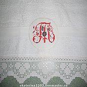 Для дома и интерьера ручной работы. Ярмарка Мастеров - ручная работа Полотенце с вязаным кружевом и вышивкой. Handmade.