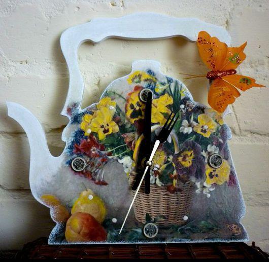 Часы для дома ручной работы. Ярмарка Мастеров - ручная работа. Купить Часы ,,Чайник,,-декупаж с подставкой. Handmade. Часы