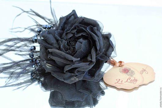 """Цветы ручной работы. Ярмарка Мастеров - ручная работа. Купить Роза - брошь """"Парижанка"""". Handmade. Цветы из ткани, черный"""