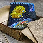 Сумки и аксессуары ручной работы. Ярмарка Мастеров - ручная работа Кожаный кошелек «Коралловый риф» — подарок, который запомнится. Handmade.