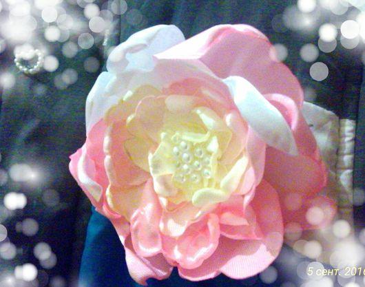 Броши ручной работы. Ярмарка Мастеров - ручная работа. Купить Брошь-цветок в нежно-розовых тонах.. Handmade. Цветы, ткань