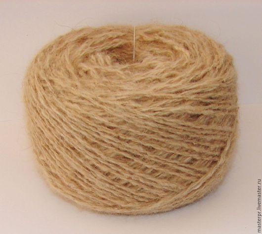 Пряжа «Шотландец 165м100гр» ручного прядения  для ручного вязания. Состав : 100% пух колли  . Пряжа отмыта и ссучена . Толщина нити – 165метров\100грамм .
