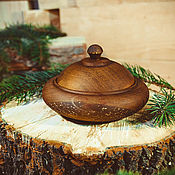 Для дома и интерьера handmade. Livemaster - original item a jug with a lid from natural siberian cedar bowl with lid k36. Handmade.