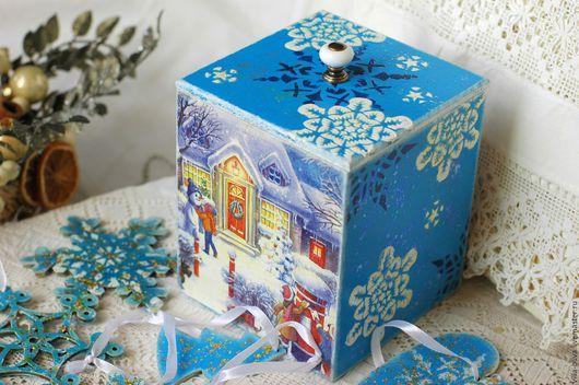 Корзины, коробы ручной работы. Ярмарка Мастеров - ручная работа. Купить Коробка деревянная и елочные игрушки Зима пришла декупаж. Handmade.