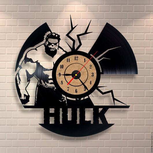 """Часы для дома ручной работы. Ярмарка Мастеров - ручная работа. Купить Часы из пластинки """"Hulk"""". Handmade. Hulk, комбинированный"""