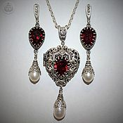 Украшения handmade. Livemaster - original item Locket pendant, earrings: Heart, Swarovski garnet, handmade. Handmade.