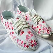 """Обувь ручной работы. Ярмарка Мастеров - ручная работа Кеды женские  """"Сакура"""", кеды с рисунком, роспись кед.. Handmade."""