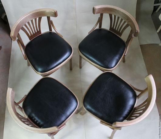 Венский стул, тонировка дуб, мягкое сиденье - тёмно-коричневая экокожа