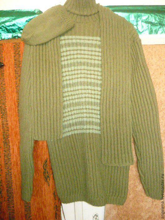 Для мужчин, ручной работы. Ярмарка Мастеров - ручная работа. Купить комплект мужской-свитер,шарф и шапка.. Handmade. Хаки