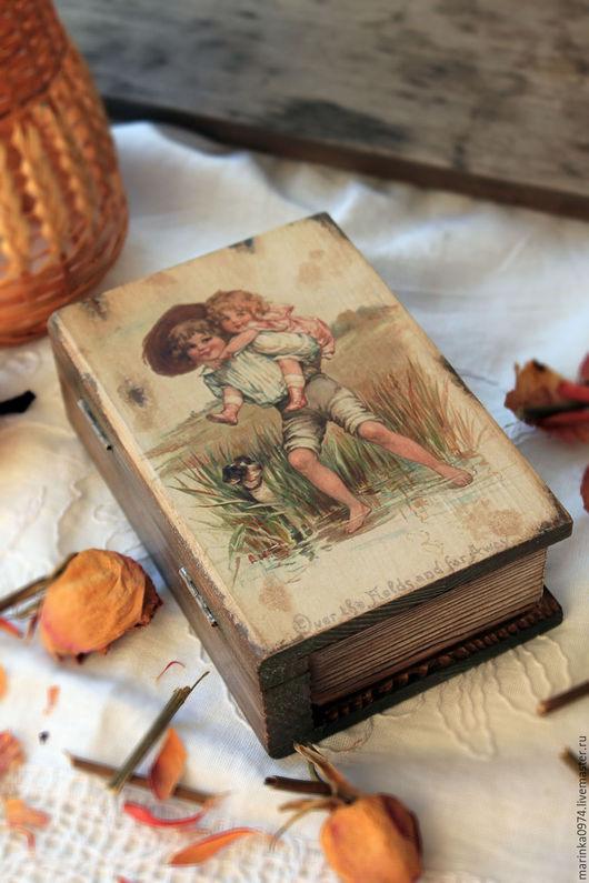 """Шкатулки ручной работы. Ярмарка Мастеров - ручная работа. Купить Шкатулка- книга """" Мы с приятелем вдвоем..."""" Ретро.. Handmade."""