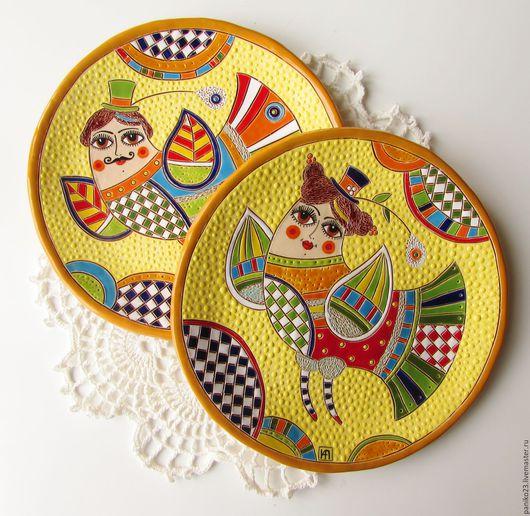"""Тарелки ручной работы. Ярмарка Мастеров - ручная работа. Купить Тарелки декоративные """"Парочка"""". Handmade. Керамика, посуда с росписью, комбинированный"""