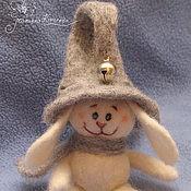 """Куклы и игрушки ручной работы. Ярмарка Мастеров - ручная работа Валяный зайчик """"А где это звенит?"""". Handmade."""