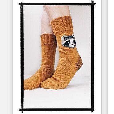Аксессуары ручной работы. Ярмарка Мастеров - ручная работа Вязаные Носки с вышивкой любимых героев. Handmade.