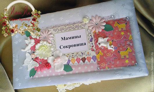 """Фотоальбомы ручной работы. Ярмарка Мастеров - ручная работа. Купить Коробочка""""Мамины сокровища"""". Handmade. Белый, подарок для мамы, цветы бумажные"""