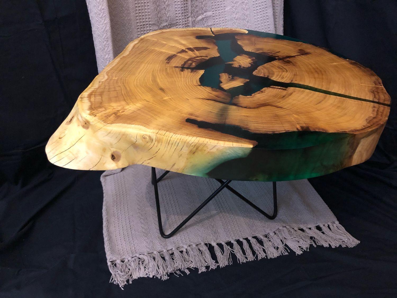 Журнальный столик из шелковицы с зелёной смолой, Столы, Москва,  Фото №1