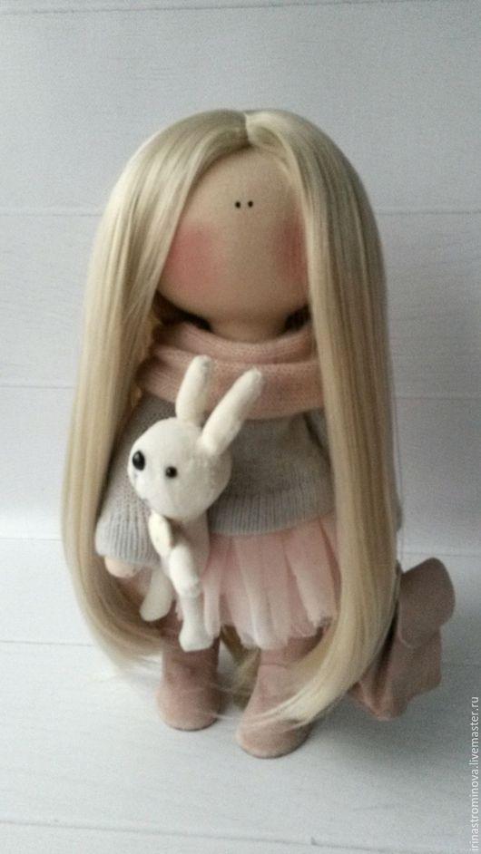 Человечки ручной работы. Ярмарка Мастеров - ручная работа. Купить Интерьерная текстильная куколка. Handmade. Бледно-розовый, кукла в подарок