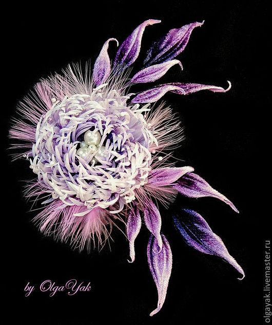 Броши ручной работы. Ярмарка Мастеров - ручная работа. Купить Хризантема Вивьен. Handmade. Фиолетовый, цветы из шелка, цветок в прическу