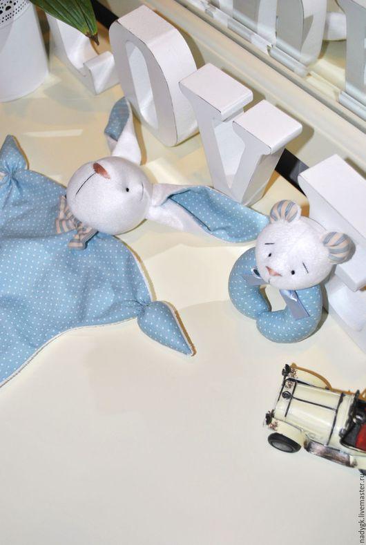 Развивающие игрушки ручной работы. Ярмарка Мастеров - ручная работа. Купить Набор для новорожденного (комфортер +погремушка). Handmade. Комфортер, малышка