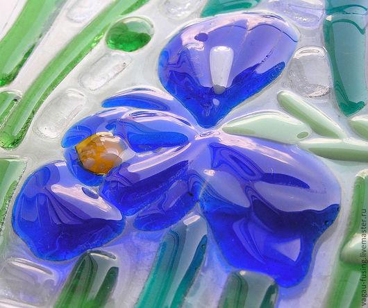 """Часы для дома ручной работы. Ярмарка Мастеров - ручная работа. Купить часы настенные """"Ирисы"""". фьюзинг. Handmade. Цветы, растительный"""