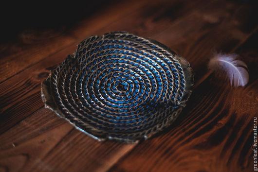 """Тарелки ручной работы. Ярмарка Мастеров - ручная работа. Купить Тарелка """"жгут-хамелеон"""". Handmade. Тёмно-синий, жгут, Керамика"""