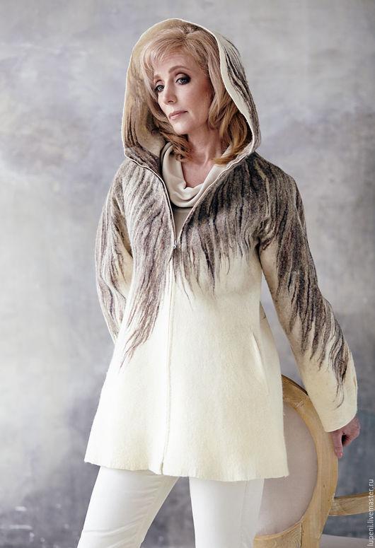 """Пиджаки, жакеты ручной работы. Ярмарка Мастеров - ручная работа. Купить Жакет  """"Серым по белому..."""". Handmade. Белый"""