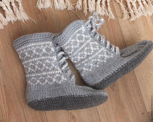 """Обувь ручной работы. Ярмарка Мастеров - ручная работа. Купить Тапочки """"Ирландские морозы"""". Handmade. Серый, подарок для женщины"""