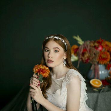 Свадебный салон ручной работы. Ярмарка Мастеров - ручная работа Свадебный ободок из натурального перламутра. Handmade.