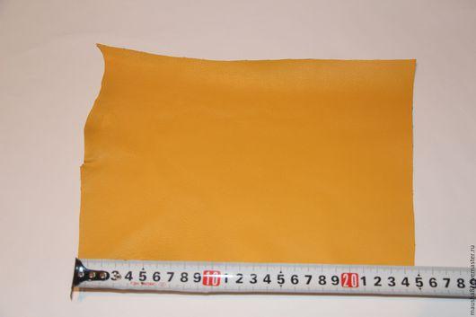 Шитье ручной работы. Ярмарка Мастеров - ручная работа. Купить кожа в кусках желтая. Handmade. Желтый, итальянская кожа