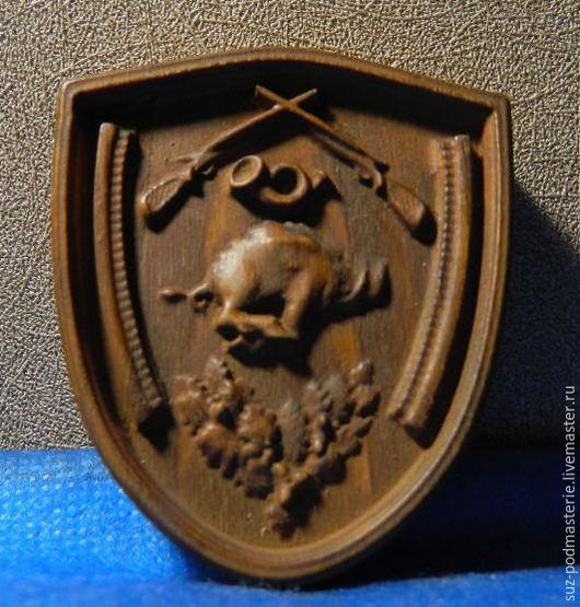 Животные ручной работы. Ярмарка Мастеров - ручная работа. Купить Магнит-панно Охотник вырезан из натурального дерева. Handmade. Панно