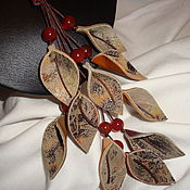 Украшения ручной работы. Ярмарка Мастеров - ручная работа Бусы из натуральной кожи и сердолика. Handmade.
