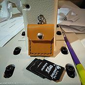 Брелок ручной работы. Ярмарка Мастеров - ручная работа Брелок-чехол CD карт. Handmade.